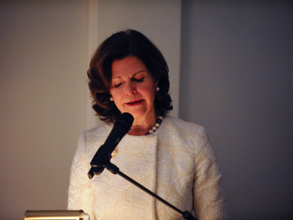 Queen Silvia speaking